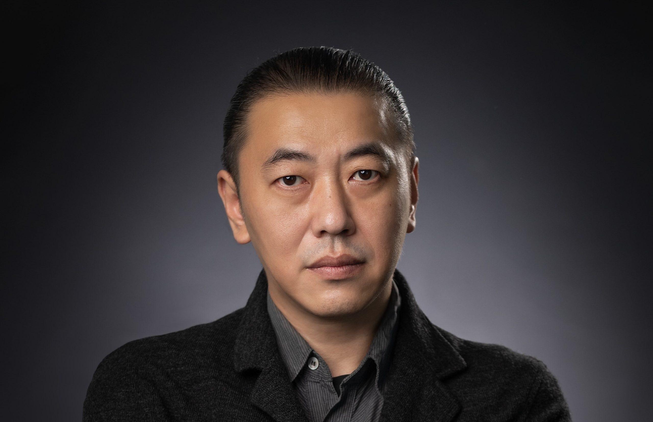 headshot of Kurt Deng